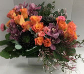 VIOLACEOUS FLOWER ARRANGEMENT