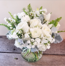 Virginia  Classic vase arrangement