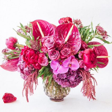 VIVACIOUS VALENTINE'S  VASED ARRANGEMENT