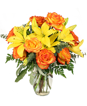 Vivid Amber Bouquet of Flowers in Laval, QC | IL PARADISO