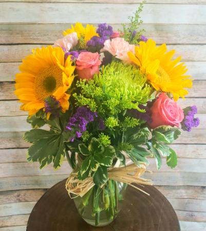Vivid and Bright Sunflower Bouquet  Vase Arrangement