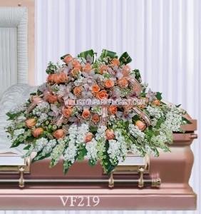 Vogue's Humility Casket Spray Casket Spray Flowers
