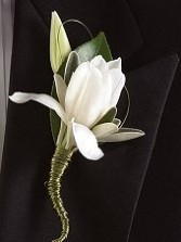 Crisp White Florals Wedding Boutonniere