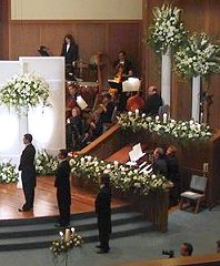 Wedding Ceremony Flowers Pedestals/Columns/Candelabras in Walcott, AR | Walcott Flowers & Gifts