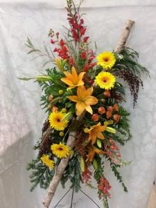 Walk in the Woods Tribute Standing Spray in Portage, WI | EDGEWATER HOME & GARDEN