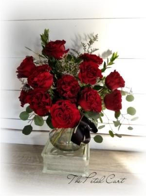 Wanted Hearts Desire Vase Arrangement  in Helena, AL | The Petal Cart
