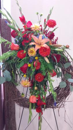 Warm Memories Standing Wreath in Astoria, OR   BLOOMIN CRAZY FLORAL