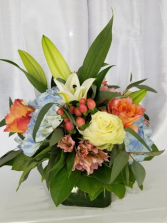 Warm Thoughts Hand Tied Vase Design