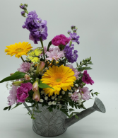 Watercan centerpiece Mother's Day