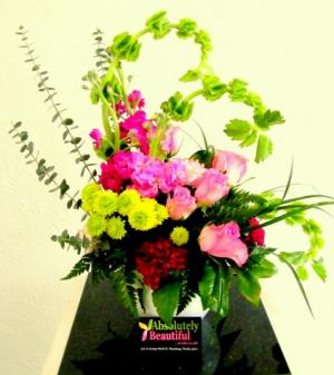 Waves of Spring Exclusive Beyond the Ordinary in Saint Petersburg, FL | ABSOLUTELY BEAUTIFUL FLOWERS