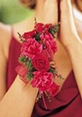 MINI CARNATIONS & ROSES Wristlet Corsage