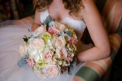 Wedding Bliss Handheld Bouquet