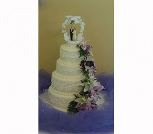 Wedding Cake  in Gautier, MS | FLOWER PATCH