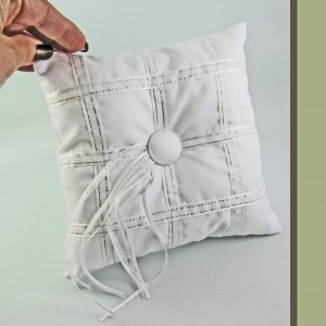 Wedding Ring Pillow Wedding Accessories in Brentwood Bay, BC | PETALS N BUDS BRENTWOOD BAY FLORIST