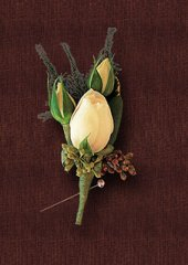 ROSE & TWO BUDS Boutonniere