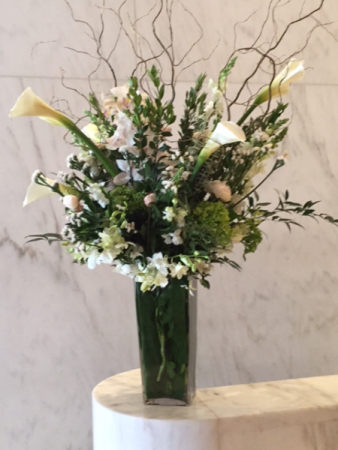 Weekly flower service Building lobby arrangement