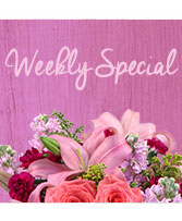 Weekly Special Flower Arrangement in Destrehan, Louisiana | Plantation Decor