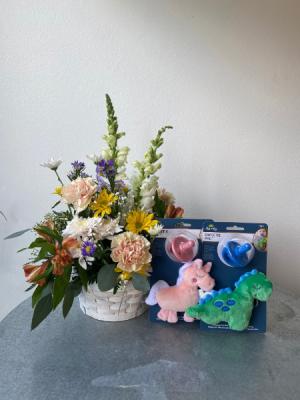 Welcome Baby Basket  in La Grande, OR | FITZGERALD FLOWERS
