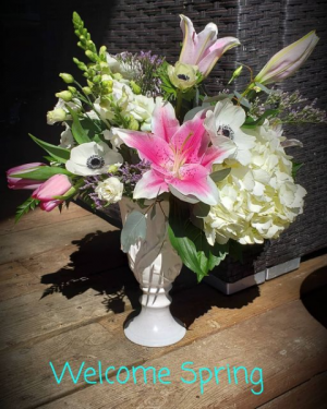 Welcome Spring  in Kirtland, OH | Kirtland Flower Barn