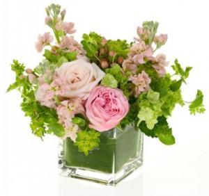 Welcome the Precious Flower Arrangement in Burbank, CA   LA BELLA FLOWER & GIFT SHOP