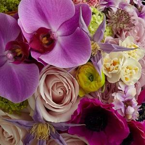 Welcoming Spring Flower Arrangement in Las Vegas, NV | AN OCTOPUS'S GARDEN