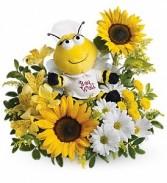 WF157 Teleflora's Bee Well Bouquet