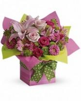 WF159 Teleflora's Pink in Gift Box
