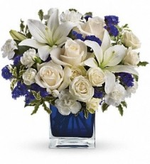 WF192 White & Deep Blue Bouquet