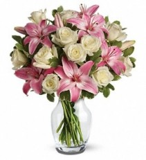 WF238 White Roses & Pink Lilies