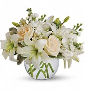 WF389   Whispering White Bouquet