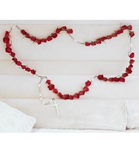 WFC105 Casket Rosary of Red Roses in Westford, MA | WESTFORD FLORIST