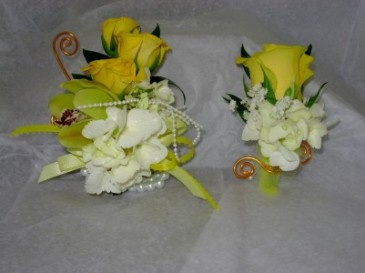 Prom Flowers Boutonniere & Corsage