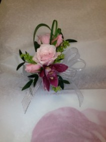 Wedding & Prom Wrist Corsage