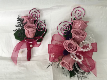WFP 404   Preserved Tea Roses Boutonniere & Corsage