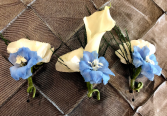 White and Blue wedding Boutonnieres