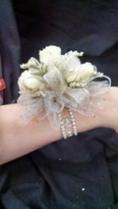 White Blig Wrist Corsage Wrist Corsage