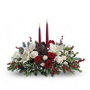 Christmas Flower Arrangements White.White Christmas Centerpiece