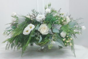 White Christmas Dream  in Tottenham, ON | TOTTENHAM FLOWERS & GIFTS