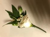 White Classic  Boutonniere