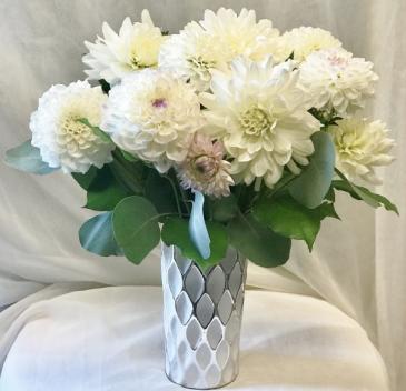 White Dandy Dahlia Fresh Floral Design