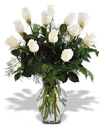 White Dozen Rose Arrangement Roses