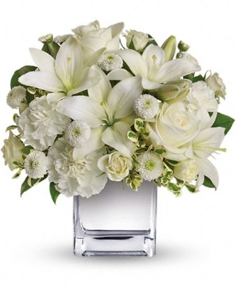 White Elegance Fresh Flowers