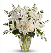 White Elegant  Mission Hills Mortuary Flowers