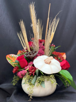 White Fall Pumpkin   in Waxahachie, TX | EUBANK FLORIST & GIFTS