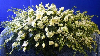 White Mixed Floral Spray