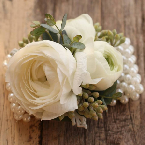White Pearls   in Oakville, ON | ANN'S FLOWER BOUTIQUE-Wedding & Event Florist