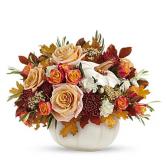 white pumpkin flower arrangement