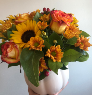 White Pumpkin Spice  Arrangement in Cambridge, ON | KELLY GREENS FLOWERS & GIFT SHOP