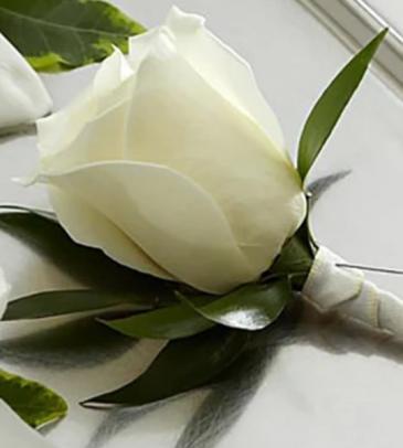 White rose Boutoneire  Boutoneire