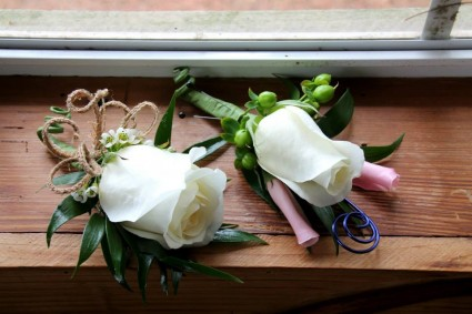 White Rose Boutonnieres Boutonnieres
